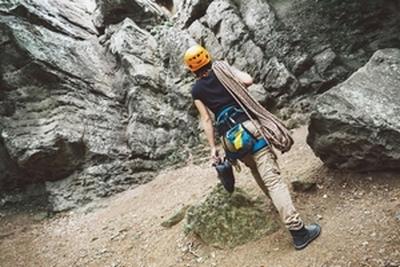 Kletterausrüstung Prüfen : Tipps für den frühjahrscheck der kletterausrüstung